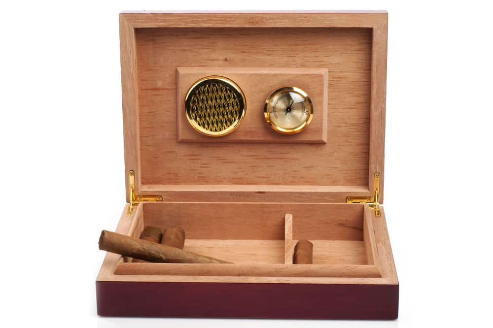 How to Make a Humidor - a DIY Project - Cigar Cutter Expert