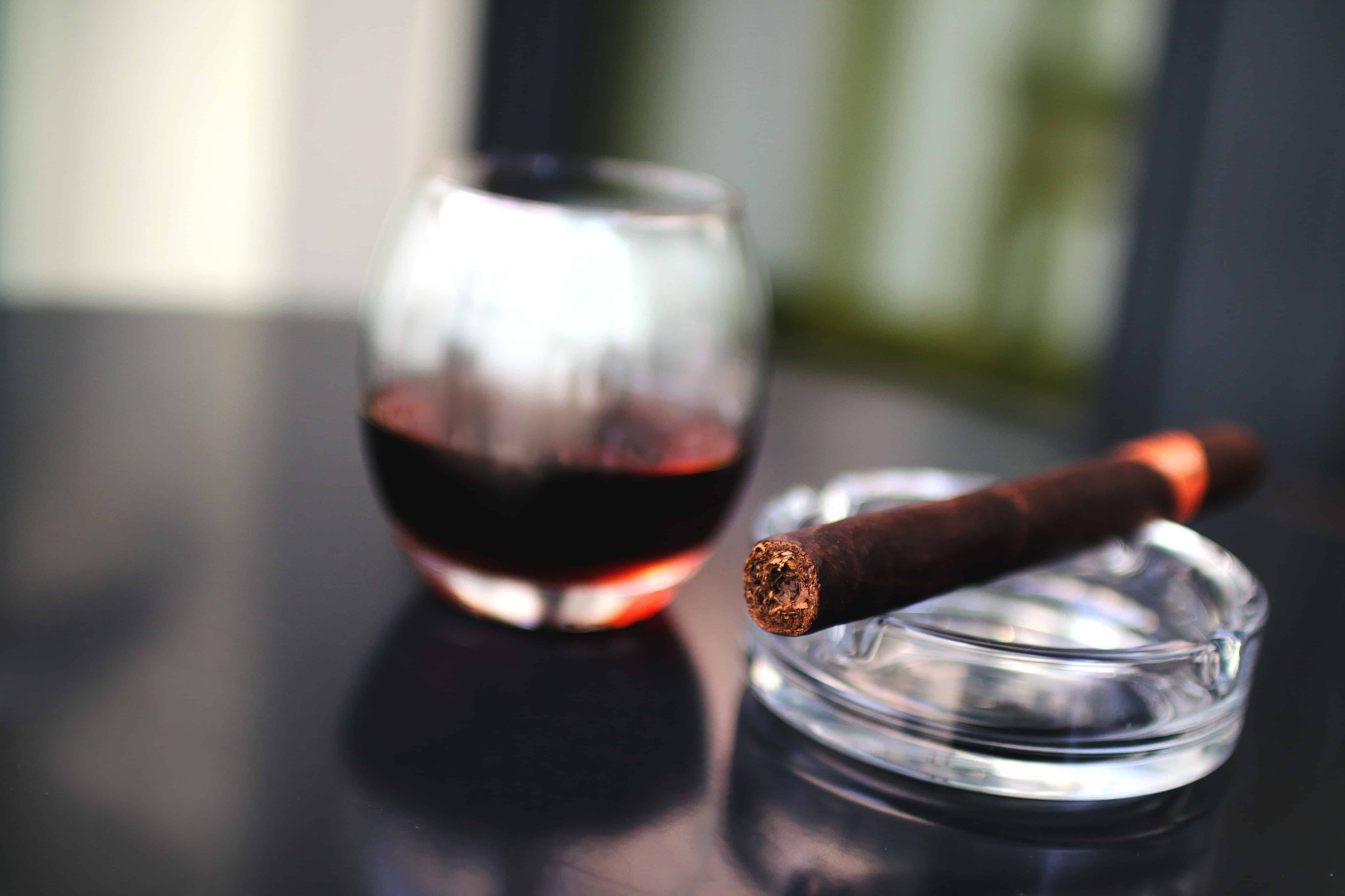 Best Cigar Lounges and Bars on cigarcutterexpert.com