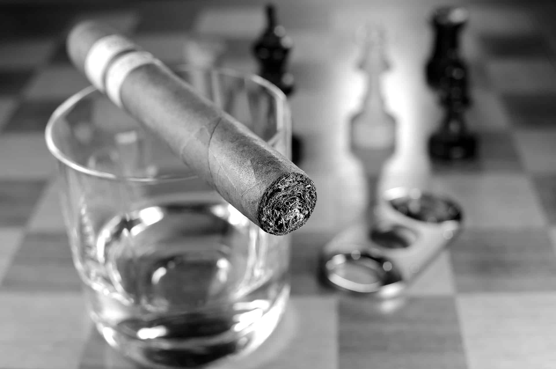 Best Cigar Spaces on cigarcutterexpert.com