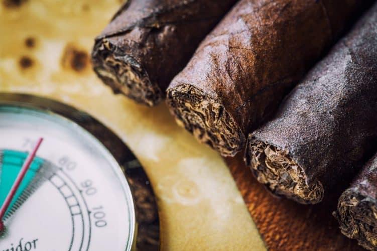 Mantello 25-50 Cigar Desktop Humidor review