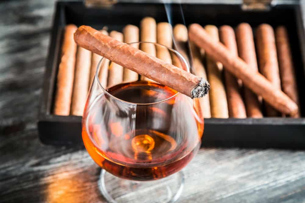 How to Store Cigars: Key Conditions to Monitor